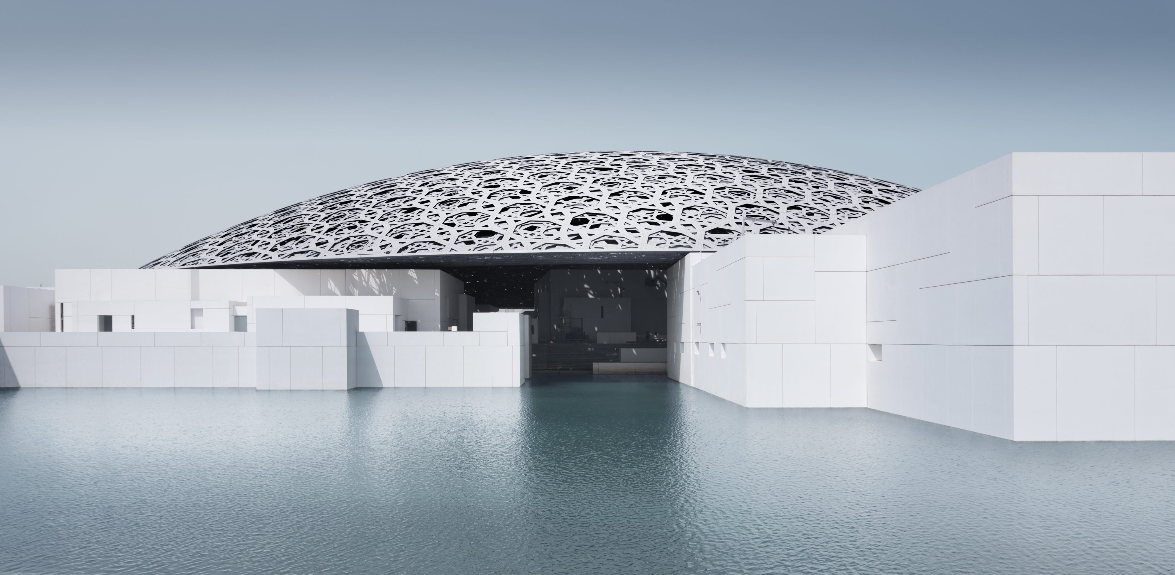 Louvre Abu Dhabi – SEE HUMANITY IN A NEW LIGHT – by Benoit Millot