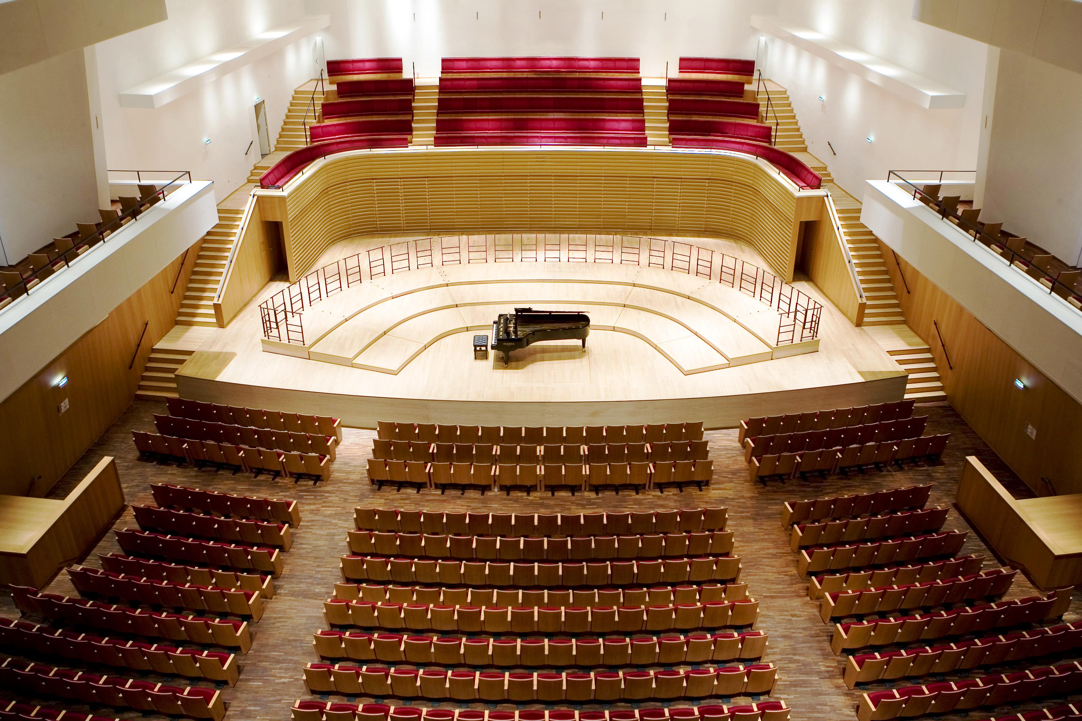 Actualité de la Scénographie, No 149 – Salle Pleyel Renovation 2006